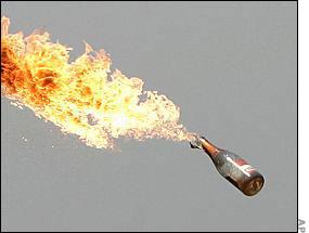 Molotov_cocktail200.jpg