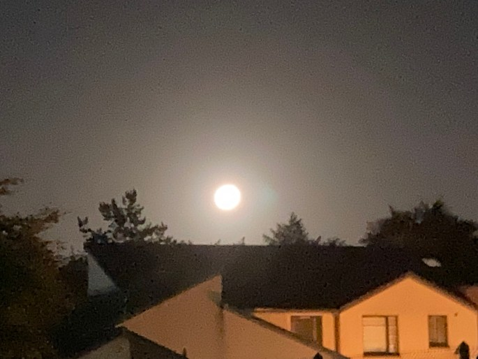 Zoomed in shot of bright moon