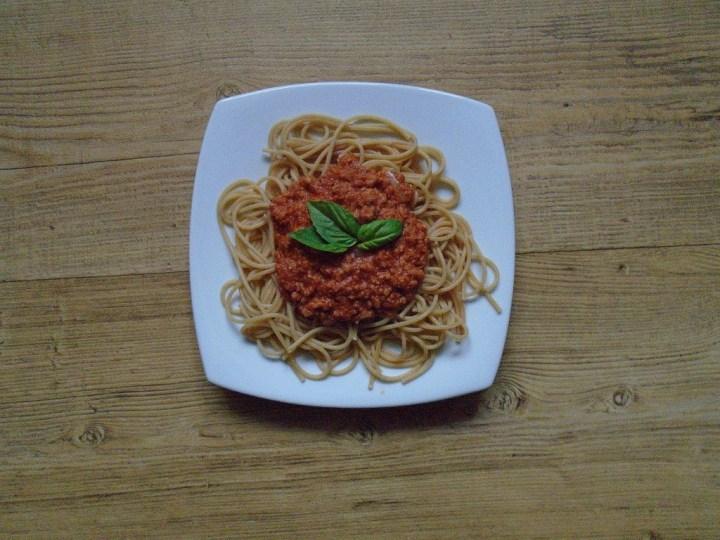 Špagety s omáčkou