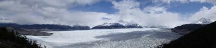 The massive glacier Grey