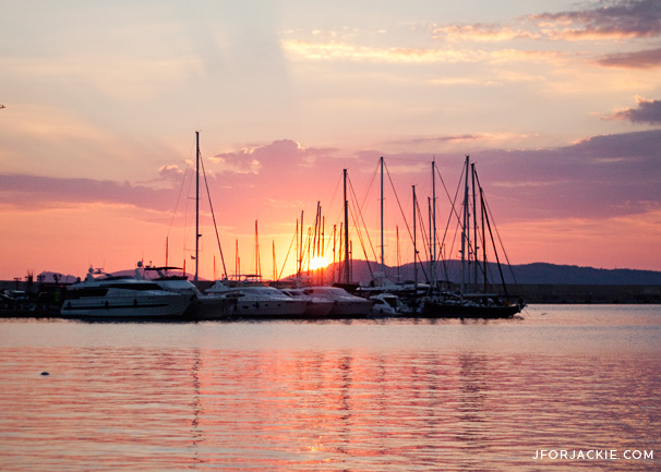 Sunset by the port in Alghero, Sardegna