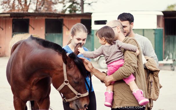 dad-juli-petting-horse