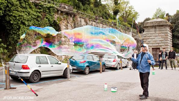 Bubbles of fun at the Torre di San Niccolò