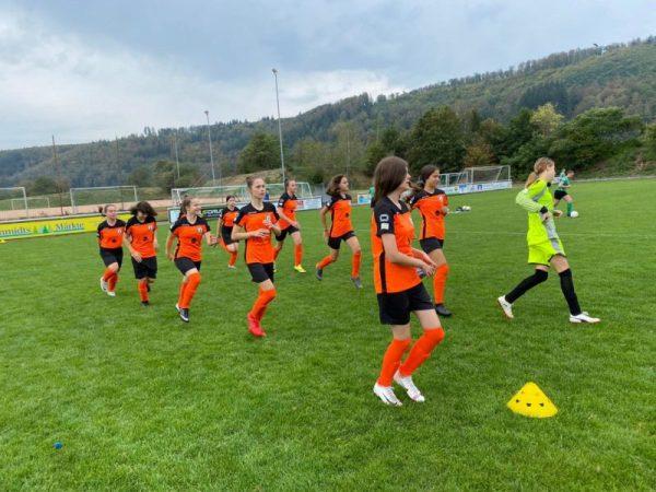 B-Mädchen verlieren erstes Saisonspiel in Hausen
