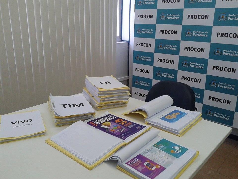 De 1º de janeiro a 31 de agosto de 2015, o Procon Fortaleza registrou 899 reclamações sobre serviços de telefonia celular (FOTO: Divulgação)