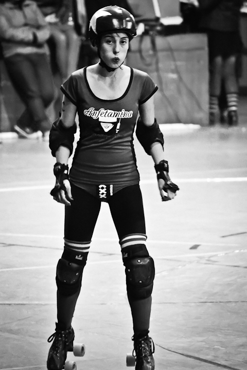 [Fotografía] Roller Derby Santiago 2012: Hot Chili vs/ Anfetamina Roller Girls (3/6)