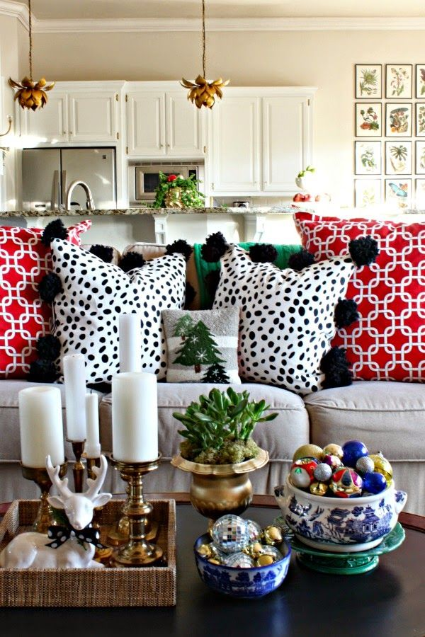Chic And Sophisticated Holiday Decorating Ideas The Local Vault