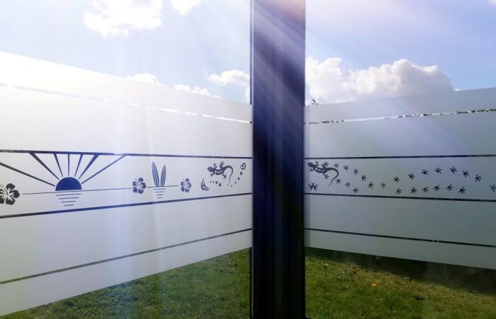fenêtre avec adhésif dépoli découvrez toutes les solutions pour remplacer vos rideaux