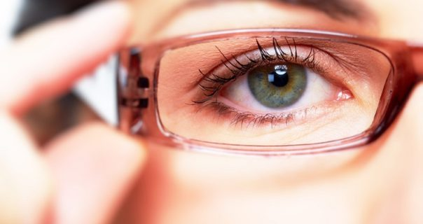 Essential Vitamins & Foods to improve Eyesight - Tips for Healthy Eyes