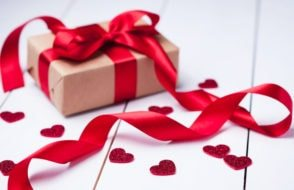 What to get your Girlfriend for Valentines Day? - Gift Ideas