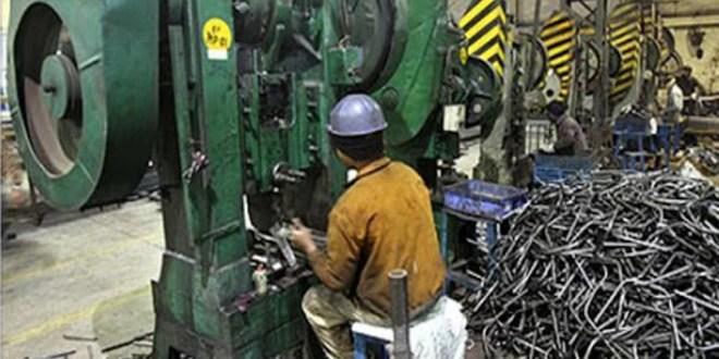 स्थानीय लघु उद्योगों को दरकिनार करती रघुवर सरकार