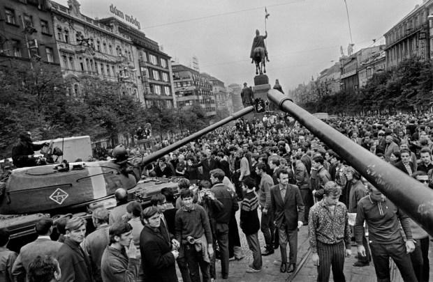 "Josef Koudelka, ""CZECHOSLOVAKIA. Prague. 21 August 1968. Warsaw Pact tanks invade Prague."""