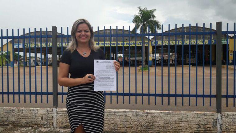 ÔNIBUS- Vereadora Ada Dantas apresenta projeto de isenção para estudantes de baixa renda