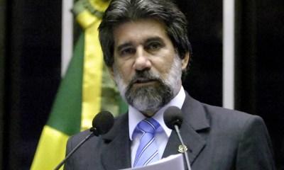 Ministro Fachin manda bloquear apartamento do senador Valdir Raupp