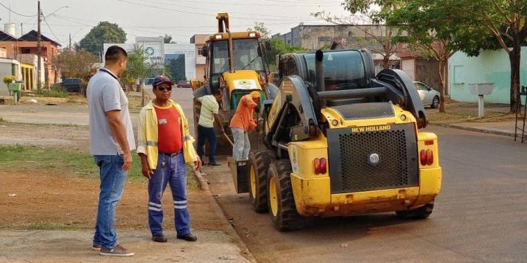 Prefeitura realiza mutirão de limpeza em bairro de Porto Velho, após pedido de Márcio do Sitetuperon