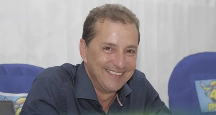 NATAL – Hildon viaja para o Paraná com familiares, Réveillon será no Rio