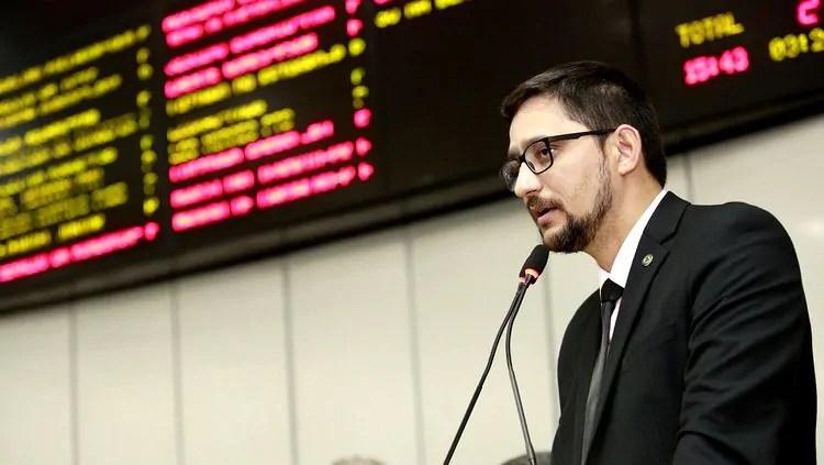 Deputado Anderson do Singeperon faz balanço de ações em seu primeiro ano no Parlamento