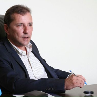 BASTIDORES – Trinca da família Carvalho coloca saída de Hildon do PSDB como certa