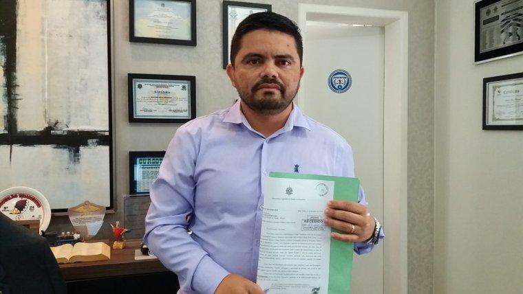 COSME E DAMIÃO – Deputado Jesuíno solicita informações sobre pacientes que são expostos a situação de risco