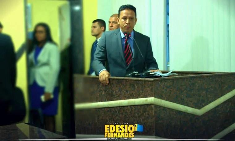 Na primeira sessão ordinária do ano, Edesio Fernandes apresenta relatório de calamidade das UPAS Leste e Sul