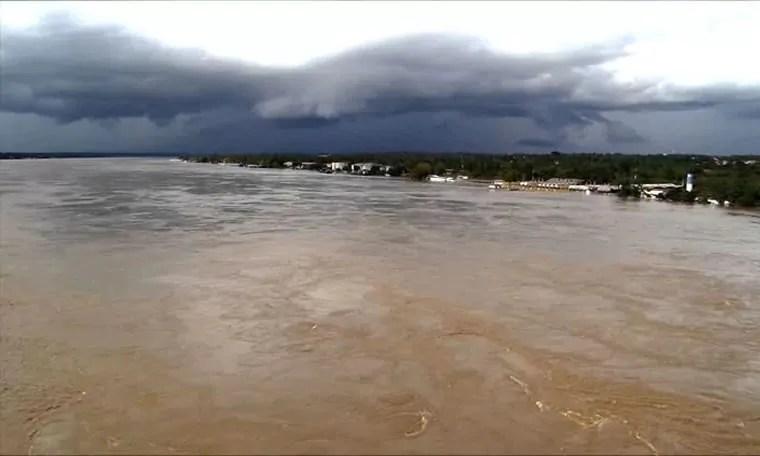 SUBIU – Rio Madeira registra 16 metros e prefeito pode decretar estado de emergência na capital