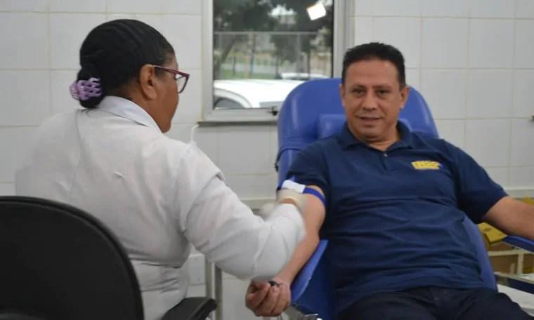Vereador Edesio Fernandes promove doação de sangue com militância republicana