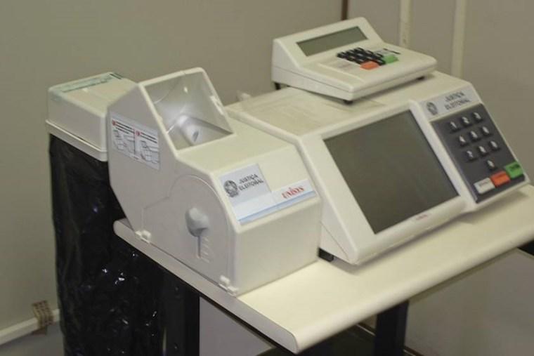 TSE abre licitação para voto impresso, mas quer derrubar implantação