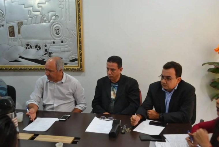 Edésio Fernandes se reúne com Conselho Tutelar e Ministério Público em audiência pública