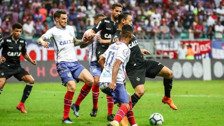 Com gols nos acréscimos, Bahia e Atlético-MG empatam na Fonte Nova