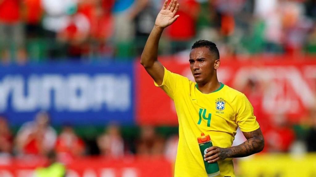 Danilo se lesiona em treinamento e está fora da Copa do Mundo