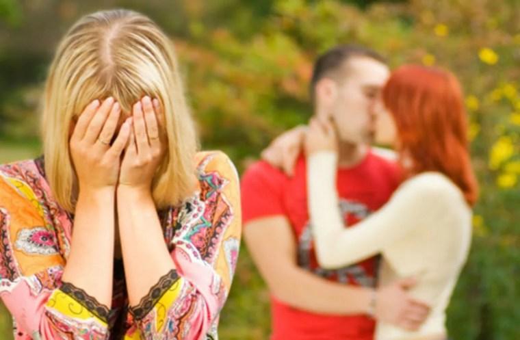 Mulher foi traída, juiz condena ex-marido a indenizá-la em 15 mil. É justo? E se a moda pegar?