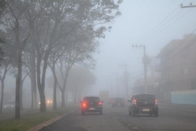 ANO ATÍPICO – Meteorologista mostra evolução de frente fria que atingirá Rondônia no sábado; previsão é de 10° C