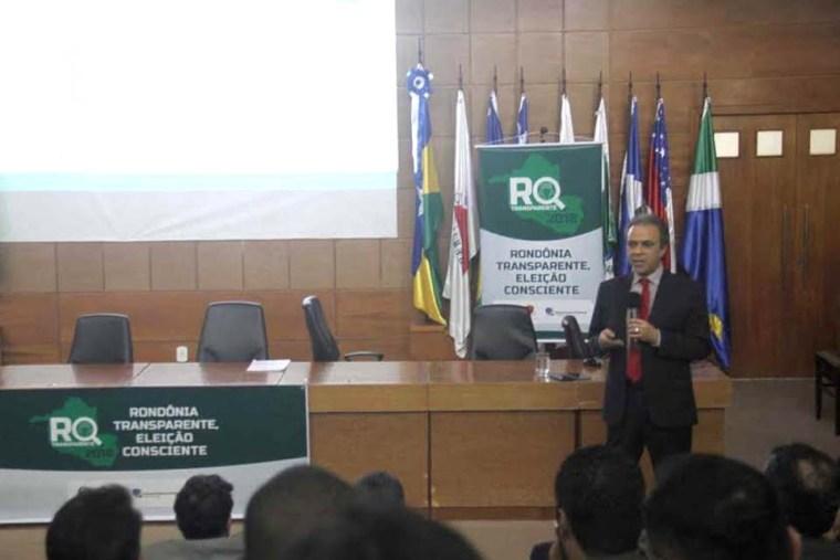 TCE, MPC e TRE inovam com evento que apresenta aos pré-candidatos situação das contas do Estado