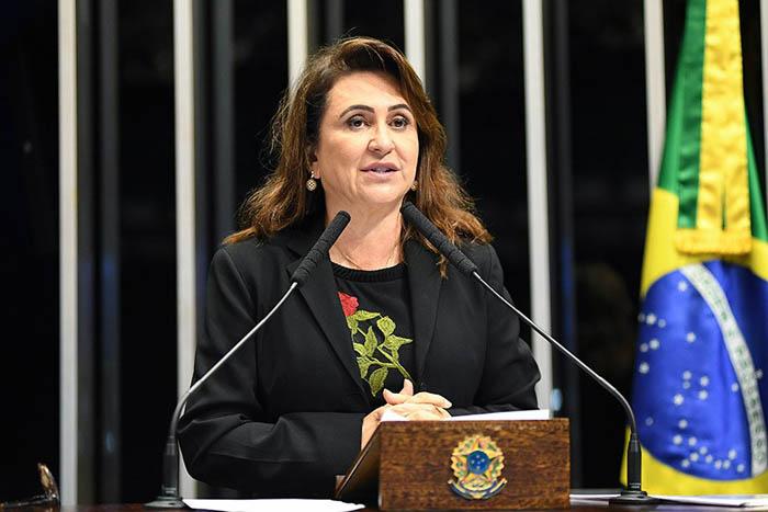"""VICE DO CIRO – Kátia Abreu diz que prisão de Acir Gurgacz foi """"injustiça"""""""