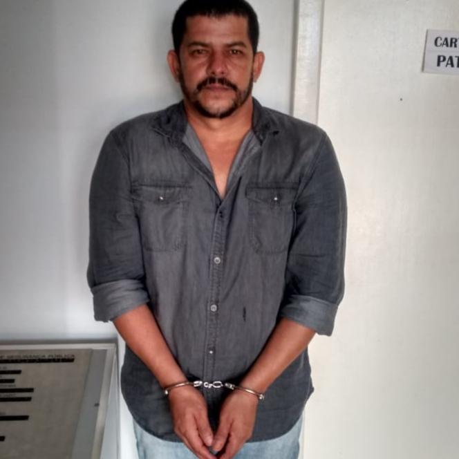 PRISÃO PREVENTIVA – Suspeito de triplo homicídio se apresenta em delegacia de Ariquemes
