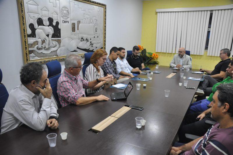 Aleks Palitot discute mobilidade urbana e ciclovias para a capital