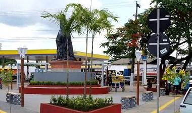 Praça Memorial dos Seringueiros será inaugurada nesta quinta  Estrutura foi construída em reconhe
