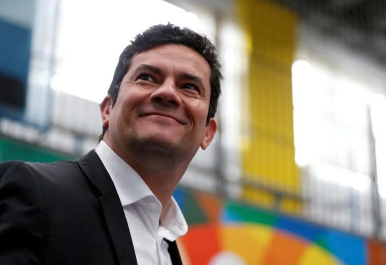 Moro aceita convite de Bolsonaro para Ministério da Justiça