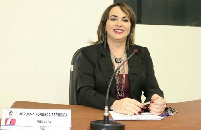 MP/RO investiga vereadora transexual em Rondônia