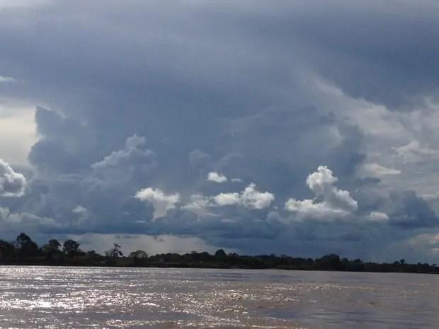 CLIMA TEMPO – Chuvas intensas o dia inteiro em Rondônia e Acre