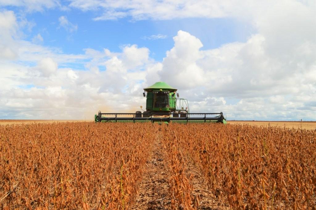 Fortalecimento no setor produtivo de Rondônia atrai atenção do Acre e governador convida Estado vizinho a participar da Rural Show