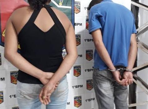 SUSPEITO – Casal é preso armado com escopeta na zona Leste