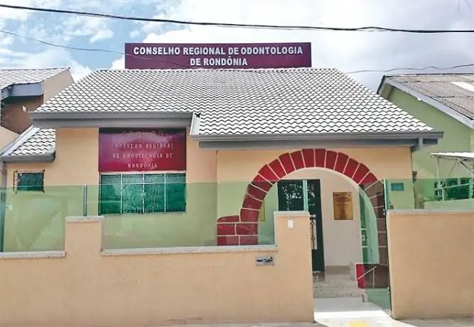 DIARISTA – Operação da Polícia Federal cumpre mandato no Conselho Regional de Odontologia