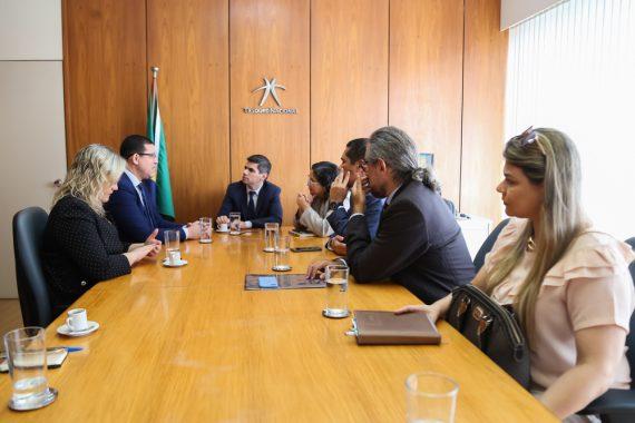Em Brasília, Secretaria do Tesouro Nacional formaliza documento em apoio à negociação da dívida do Beron