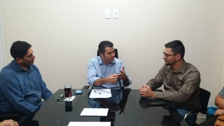 Anderson Pereira intercede junto ao senador Marcos Rogério torres de telefonia móveis nos distritos de Rondônia
