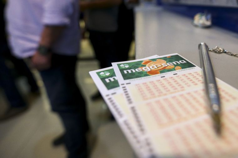 Ninguém acerta as seis dezenas da Mega-Sena e prêmio vai a R$ 275 milhões