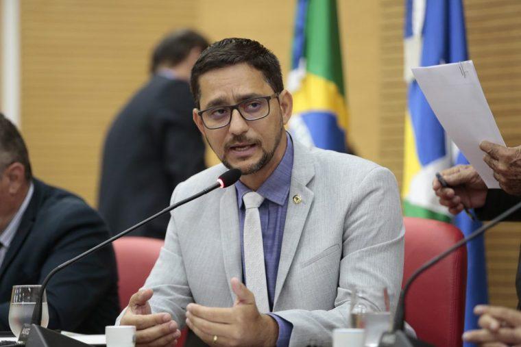 Com chance de segundo turno, Deputado Anderson Pereira desponta em pesquisa para prefeito de Porto Velho
