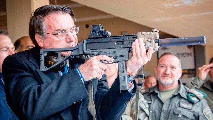 Decreto de Bolsonaro que flexibiliza porte e posse de armas está nas mãos dos deputados federais