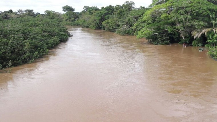 Menina de 12 anos morre afogada enquanto tomava banho de rio com irmãos