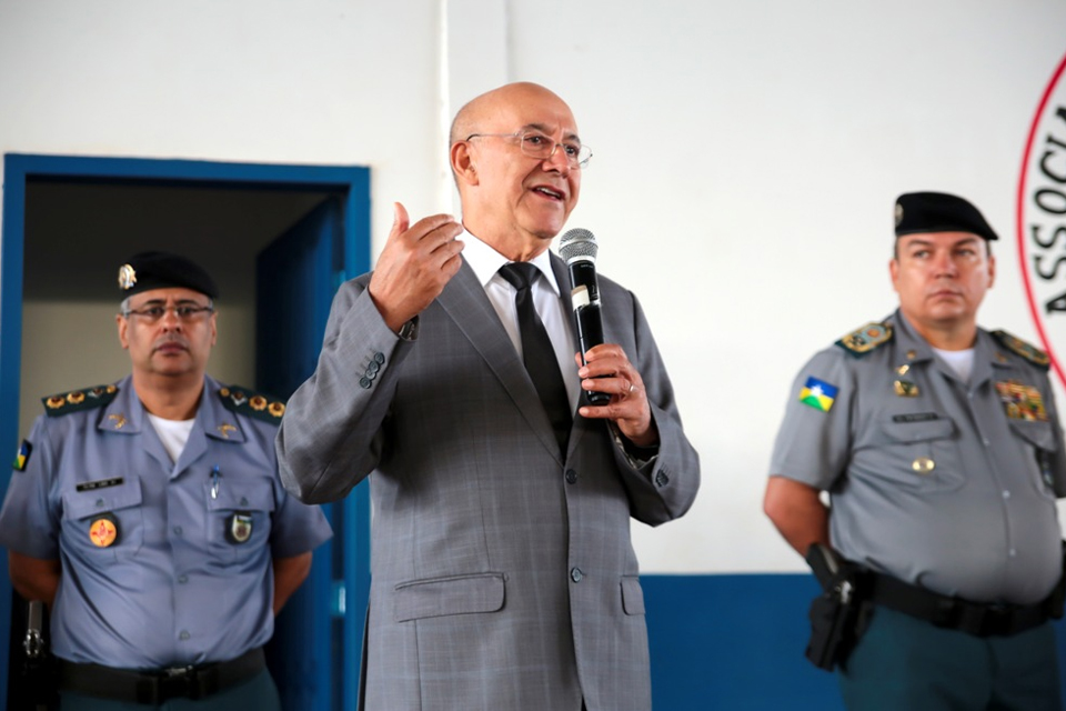 Dezesseis desembargadores entendem que o Governo de Rondônia pode criar escolas militares ou transformar as civis em unidades de ensino sob regime militar